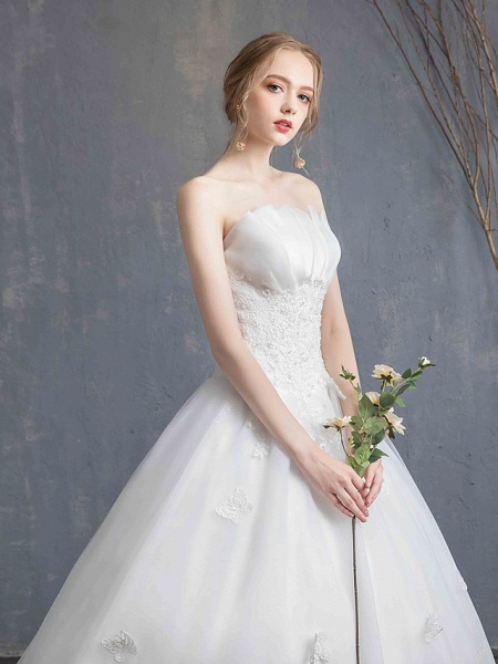 Ball Gown Wedding Dresses Strapless Chapel Train Lace Tulle Lace Over Satin Strapless Formal Vintage Illusion Detail_12