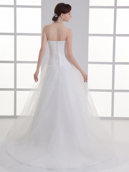 A-Line Wedding Dresses Sweetheart Neckline Chapel Train Lace Satin Strapless_3