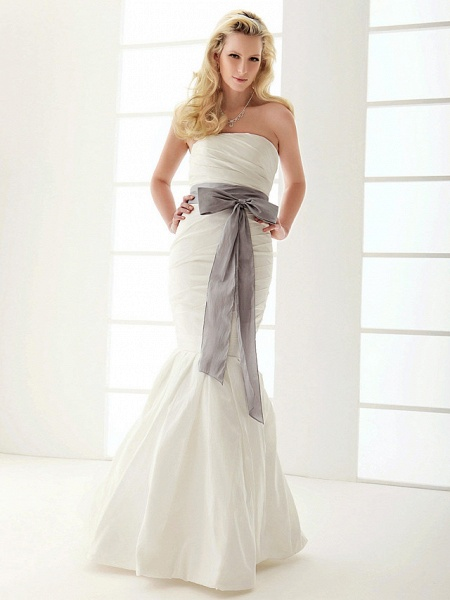 Mermaid \ Trumpet Wedding Dresses Strapless Floor Length Taffeta Sleeveless Wedding Dress in Color_6