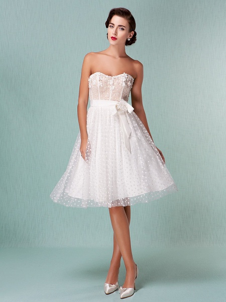 Princess A-Line Wedding Dresses Sweetheart Neckline Knee Length Tulle Strapless Little White Dress_3