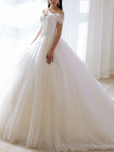 A-Line Wedding Dresses Off Shoulder Chapel Train Tulle Short Sleeve_2