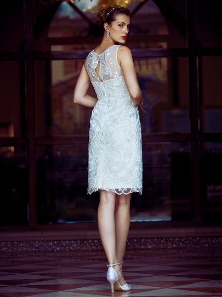 Sheath \ Column Wedding Dresses Bateau Neck Knee Length Metallic Lace Sleeveless Little White Dress See-Through_2