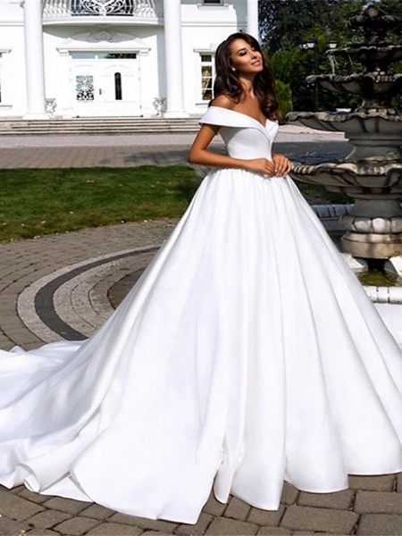 Ball Gown A-Line Wedding Dresses Off Shoulder Cathedral Train Polyester Short Sleeve_1