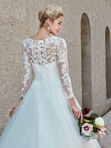 Ball Gown Wedding Dresses Bateau Neck Chapel Train Lace Tulle Long Sleeve Beautiful Back Illusion Sleeve_16