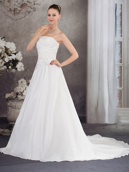 A-Line Strapless Chapel Train Taffeta Strapless Wedding Dresses_2