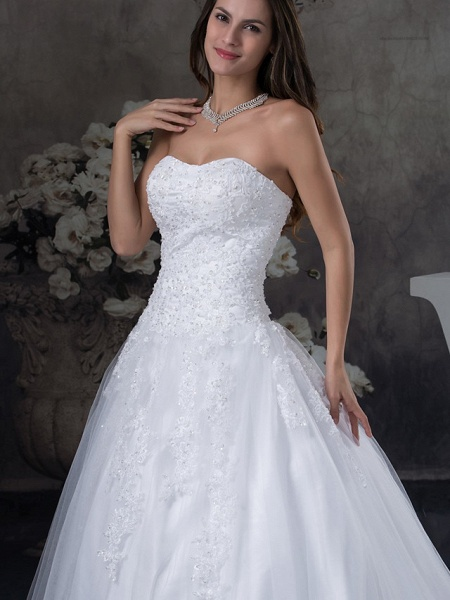 A-Line Strapless Court Train Lace Tulle Strapless Wedding Dresses_4