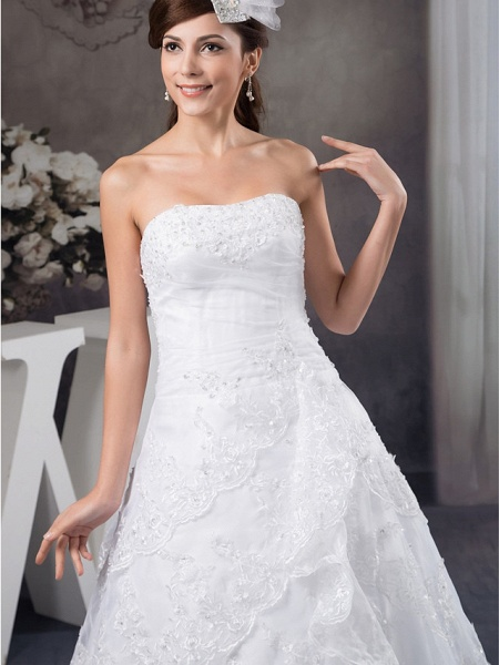A-Line Strapless Chapel Train Lace Organza Satin Strapless Wedding Dresses_4