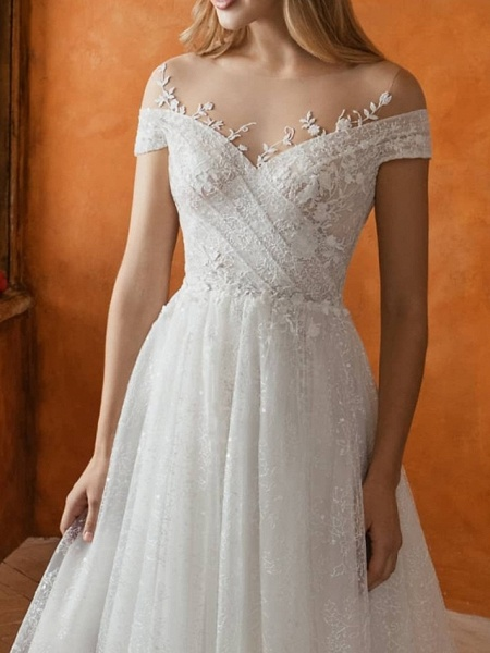 A-Line Jewel Neck Sweep \ Brush Train Lace Tulle Short Sleeve Country Wedding Dresses_3