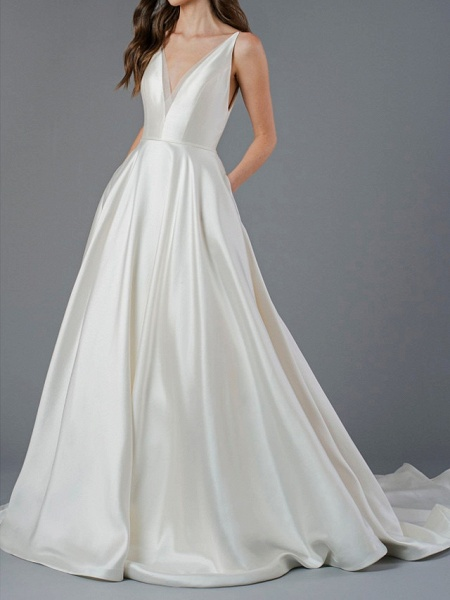 A-Line Wedding Dresses V Neck Court Train Polyester Sleeveless Country Plus Size_2