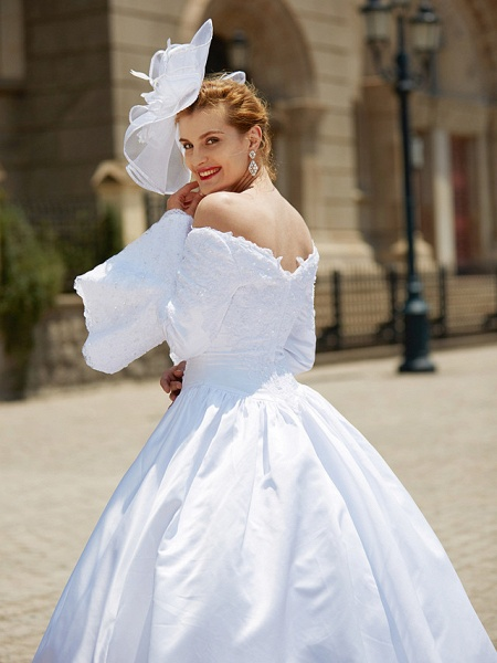 Ball Gown V Neck Chapel Train Satin Long Sleeve Wedding Dresses_10