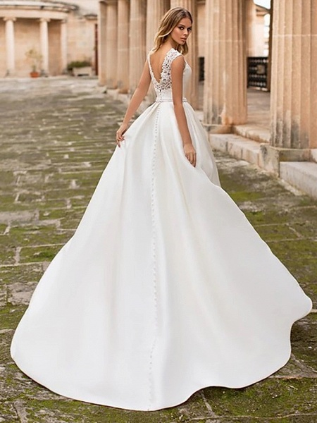 A-Line Wedding Dresses Bateau Neck Court Train Lace Polyester Cap Sleeve Country Simple Backless Elegant_2