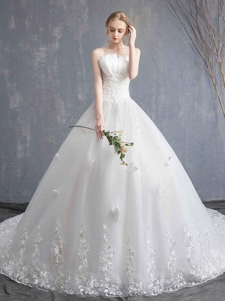 Ball Gown Wedding Dresses Strapless Chapel Train Lace Tulle Lace Over Satin Strapless Formal Vintage Illusion Detail_3