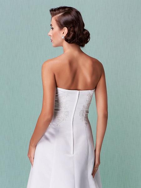 A-Line Wedding Dresses Strapless Floor Length Lace Over Satin Strapless Formal Simple Vintage Little White Dress Plus Size_4