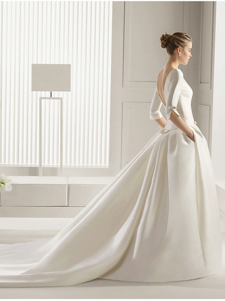 A-Line Wedding Dresses Bateau Neck Court Train Polyester Half Sleeve Sexy Plus Size_3