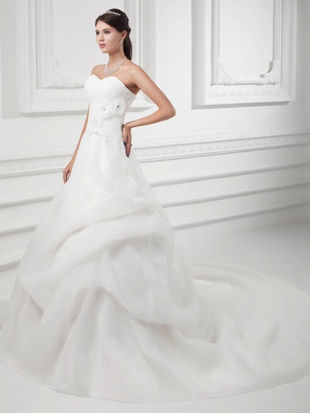 A-Line Sweetheart Neckline Chapel Train Organza Satin Strapless Wedding Dresses_2