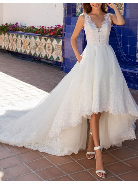 A-Line Wedding Dresses V Neck Court Train Lace Regular Straps Plus Size_1