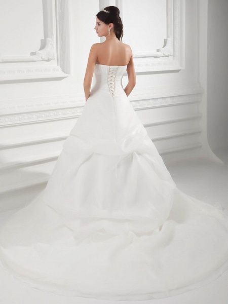 A-Line Sweetheart Neckline Chapel Train Organza Satin Strapless Wedding Dresses_3