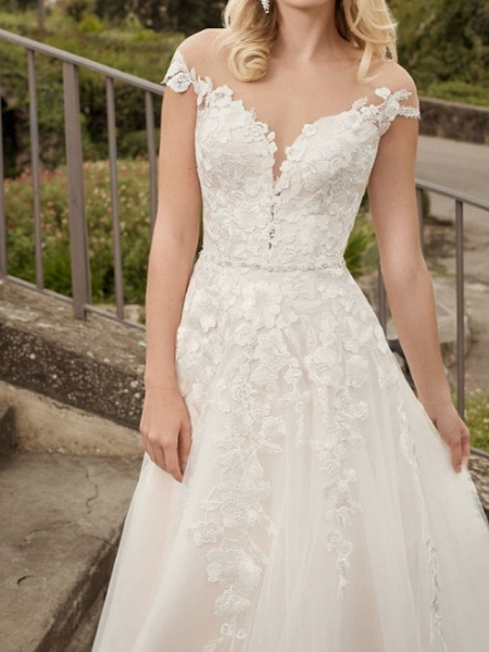 A-Line Wedding Dresses V Neck Court Train Lace Tulle Short Sleeve Country Plus Size_2