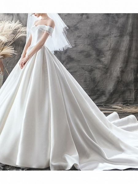 A-Line Wedding Dresses Off Shoulder Sweep \ Brush Train Satin Sleeveless Casual Plus Size_4