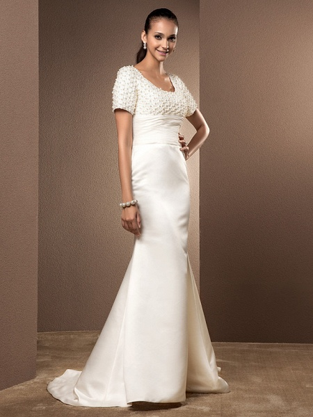 Mermaid \ Trumpet Wedding Dresses Scoop Neck Court Train Lace Satin Short Sleeve_9