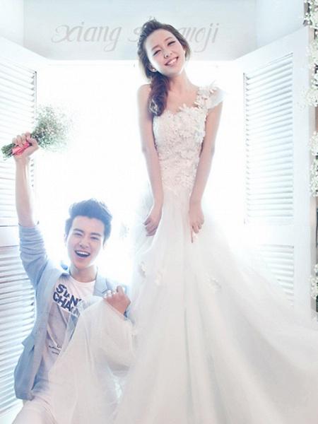 A-Line Wedding Dresses One Shoulder Floor Length Tulle Regular Straps Plus Size_2