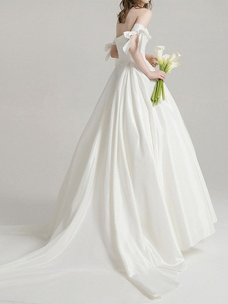 A-Line Wedding Dresses Off Shoulder Sweep \ Brush Train Satin Short Sleeve Beach_2