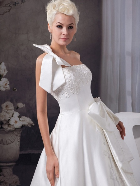 A-Line One Shoulder Court Train Lace Organza Satin Spaghetti Strap Wedding Dresses_4