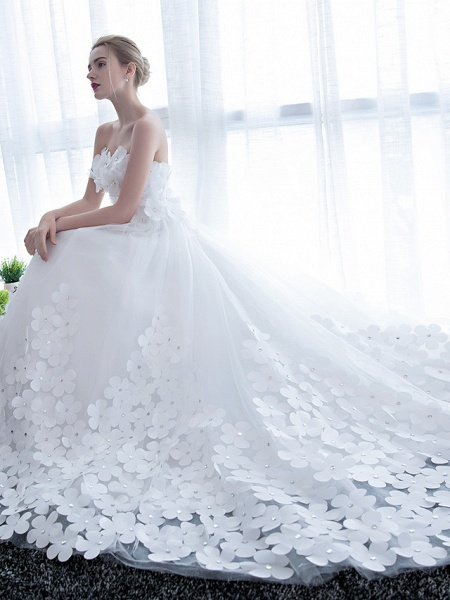 Ball Gown Wedding Dresses Strapless Chapel Train Satin Tulle Strapless Sparkle & Shine_6
