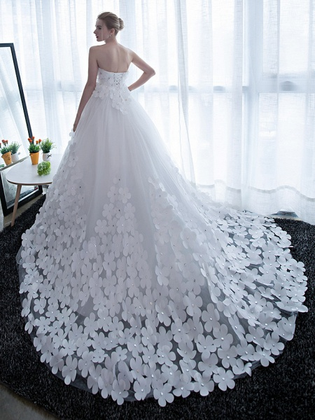 Ball Gown Wedding Dresses Strapless Chapel Train Satin Tulle Strapless Sparkle & Shine_2