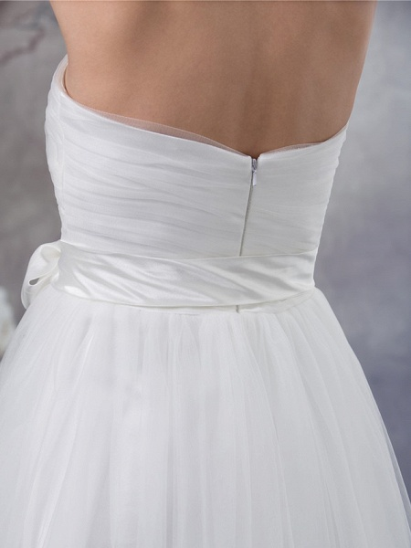 A-Line Wedding Dresses Strapless Sweep \ Brush Train Satin Tulle Strapless_5