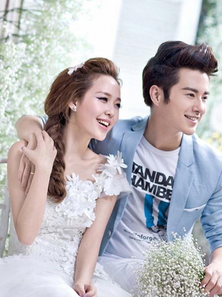 A-Line Wedding Dresses One Shoulder Floor Length Tulle Regular Straps Plus Size_1