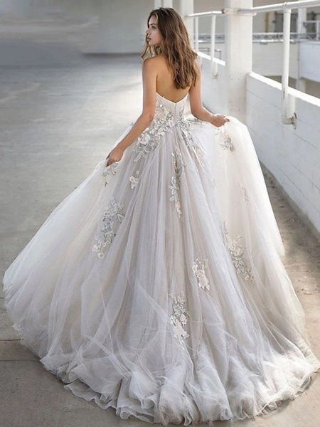 Ball Gown Strapless Court Train Lace Tulle Strapless Sexy Plus Size Wedding Dresses_4