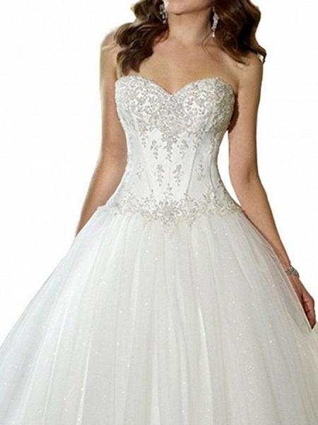 A-Line Sweetheart Neckline Sweep \ Brush Train Tulle Strapless Glamorous \ Vintage Plus Size Wedding Dresses_3