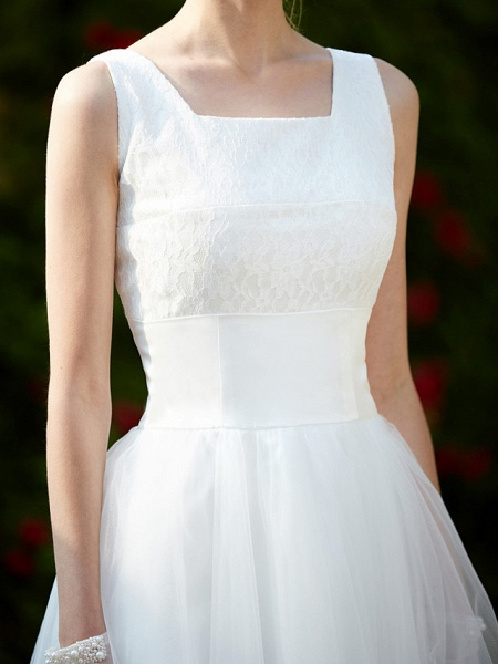 A-Line Wedding Dresses Square Neck Knee Length Lace Tulle Regular Straps Simple Casual Vintage Plus Size Cute_12