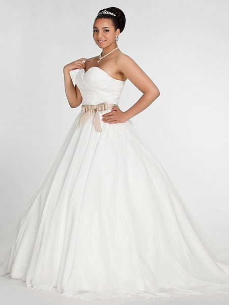 Ball Gown Wedding Dresses Sweetheart Neckline Court Train Chiffon Strapless Simple Vintage Plus Size Backless Cute_3