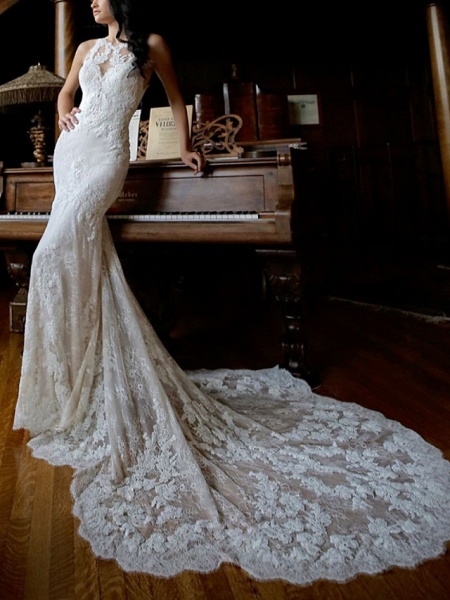 Sheath \ Column Wedding Dresses Jewel Neck Chapel Train Lace Sleeveless Sexy Wedding Dress in Color_1