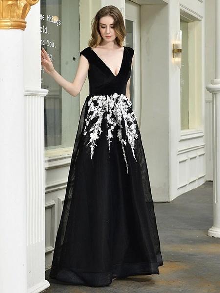 A-Line Wedding Dresses V Neck Floor Length Lace Tulle Regular Straps Sexy Black Modern_4
