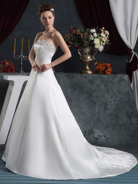 A-Line Strapless Court Train Satin Strapless Wedding Dresses_2