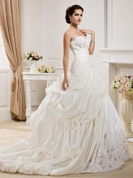 Ball Gown Sweetheart Neckline Court Train Taffeta Sleeveless Wedding Dresses_3