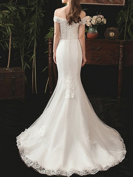 Mermaid \ Trumpet Wedding Dresses Off Shoulder Sweep \ Brush Train Lace Short Sleeve Beach_3
