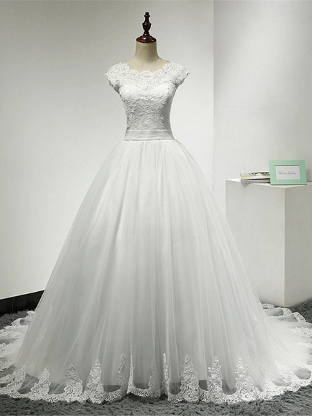 Ball Gown Wedding Dresses Scoop Neck Chapel Train Lace Over Tulle Cap Sleeve Glamorous Illusion Detail_1