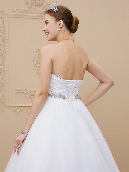 Ball Gown Sweetheart Neckline Chapel Train Tulle Lace Over Tulle Strapless Glamorous Sparkle & Shine Wedding Dresses_5