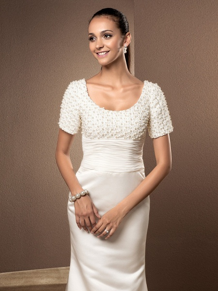 Mermaid \ Trumpet Wedding Dresses Scoop Neck Court Train Lace Satin Short Sleeve_4