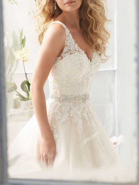 A-Line Wedding Dresses V Neck Court Train Lace Regular Straps_3