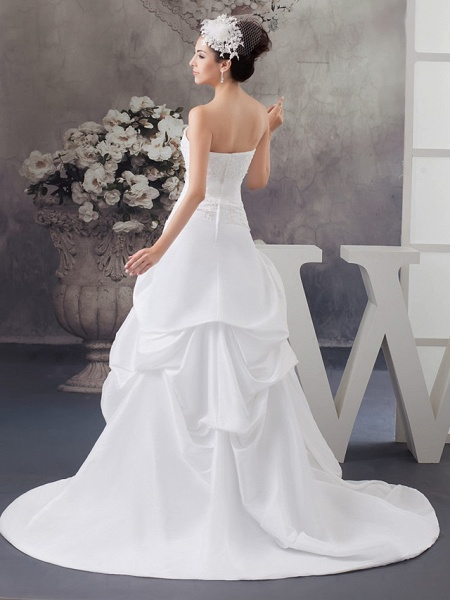 A-Line Strapless Court Train Satin Strapless Wedding Dresses_3