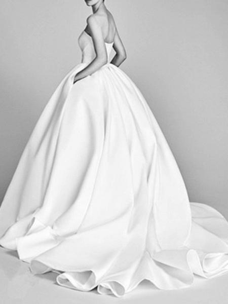 Ball Gown Wedding Dresses Strapless Sweep \ Brush Train Satin Sleeveless Beach_2