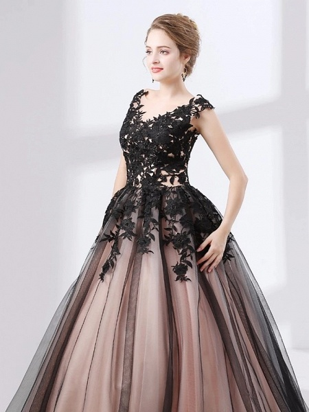 Ball Gown Wedding Dresses V Neck Court Train Lace Tulle Cap Sleeve Sexy Plus Size Black Modern_5