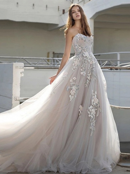 Ball Gown Strapless Court Train Lace Tulle Strapless Sexy Plus Size Wedding Dresses_1