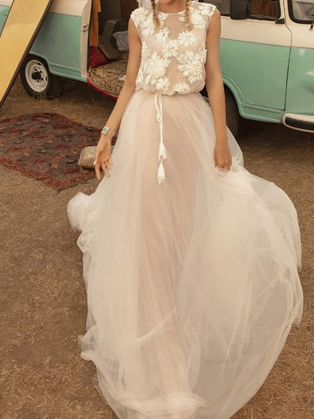 A-Line Wedding Dresses Jewel Neck Sweep \ Brush Train Tulle Polyester Short Sleeve Country Plus Size_1