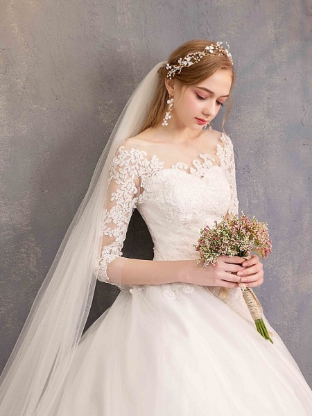 Ball Gown Wedding Dresses Jewel Neck Chapel Train Tulle Lace Over Satin Half Sleeve Illusion Sleeve_6
